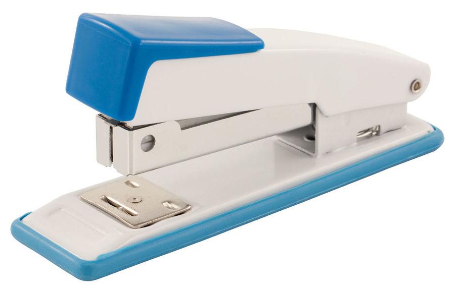Степлер настольный Buro 075000500 24/6 (20листов) синий/белый 100скоб металл