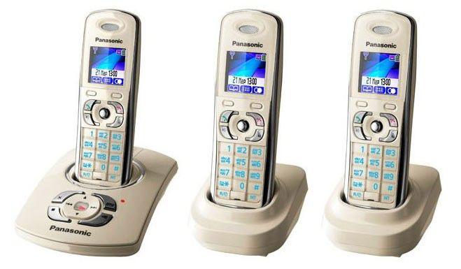 Радиотелефон PANASONIC KX-TG8322RUJ-P + KX-TGА830RUJ,  бежевый [kit-kx-tg8322ruj-p]