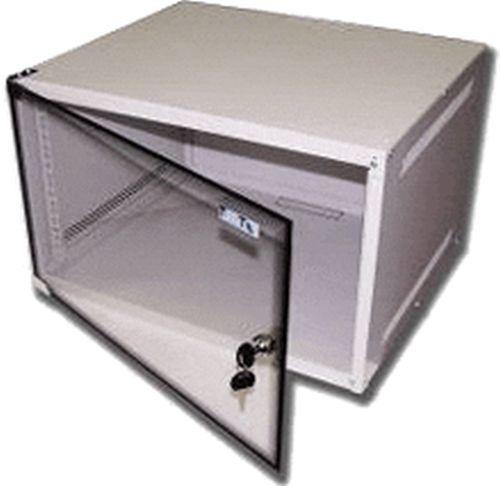 Шкаф коммутационный Lanmaster Lite (TWT-CBWL-15U-6X4 ) 15U 600x450мм пер.дв.стекл 30кг серый