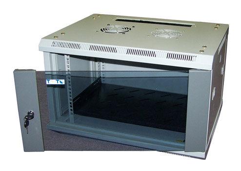 Шкаф настенный Lanmaster Pro (TWT-CBW2-6U-6X4) 6U 600x450мм пер.дв.стекл съемные бок.пан. 60кг серый