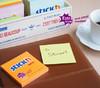 Блок самоклеящийся бумажный Stick`n 21496 76x76мм 90лист. неон желтый усиленный клей вид 3